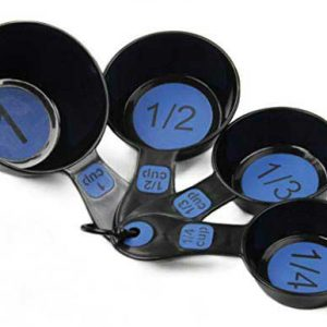 Black-and-blue-measuring-cups