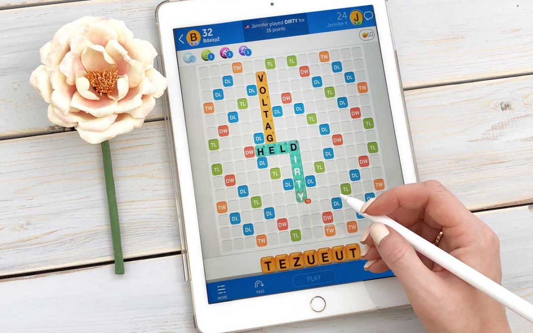 This video demonstrates settings that are helpful for low vision users when playing Words with Friends